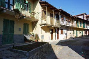 Borgo di Pollenzo sull'antico anfiteatro.