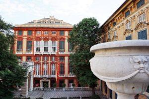 palazzo rosso visto da palazzo bianco