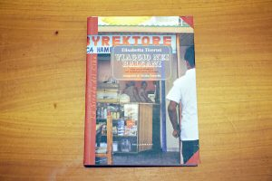 copertina del libro viaggio nei balcani di tiveron