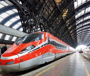 treno frecciarossa, mezzo per arrivare da genova a milano e viceversa