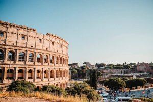 colosseo: copertina del post con i consigli per visitare roma in un giorno