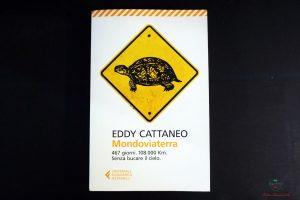 copertina dimondoviaterra di eddy cattaneo, uno dei libri che parlano di viaggi on the road