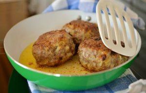 polpette di carne: una delle ricette per riciclare gli avanzi