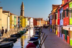 burano, escursione tra le migliori visite guidate di venezia da fare