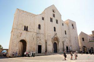 cosa vedere a bari in mezza giornata gratis: basilica di san nicola