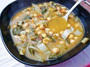 ceci in zimino, uno dei migliori piatti vegetariani tradizionali di genova